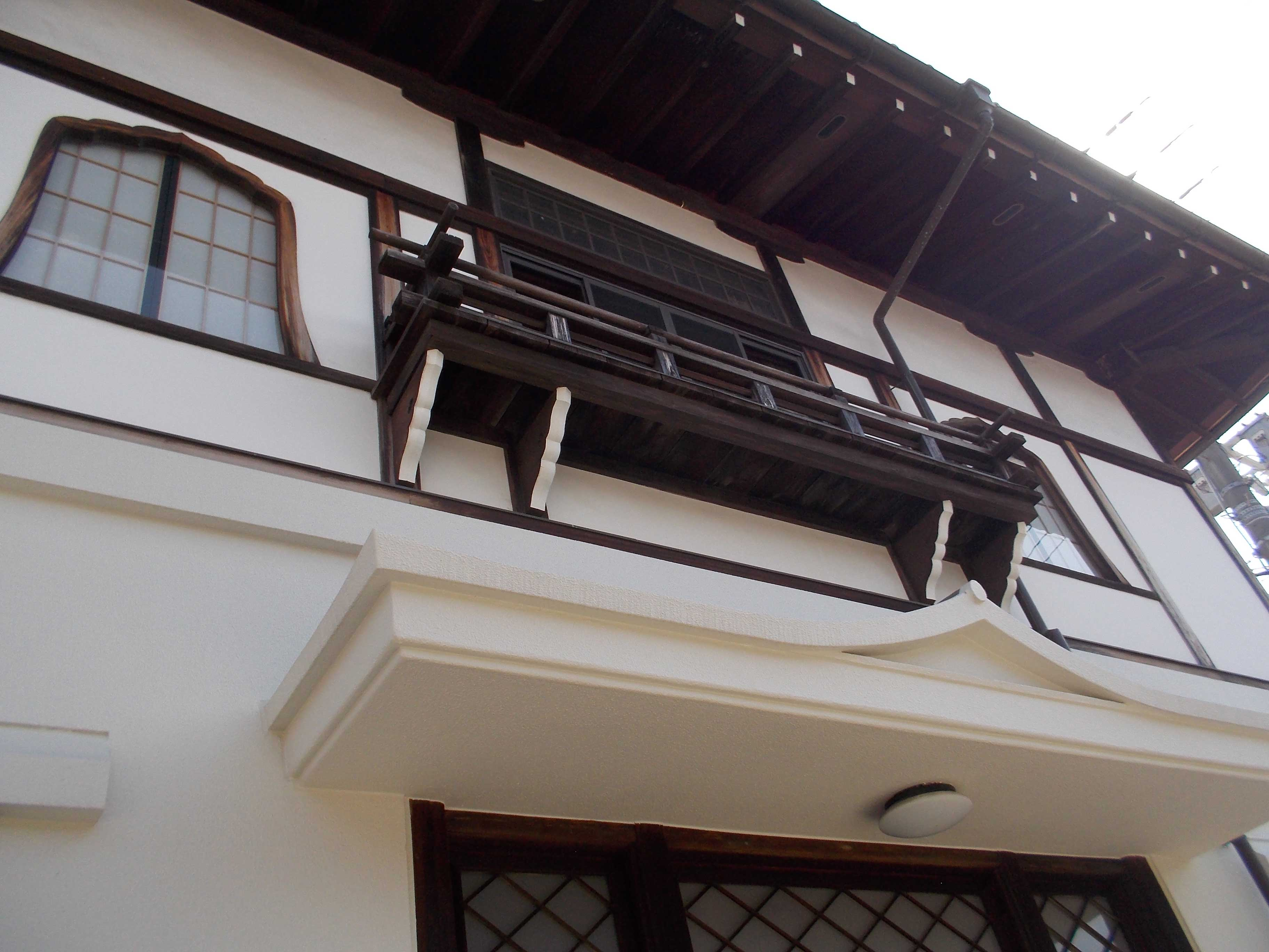 <p>2階窓</p>