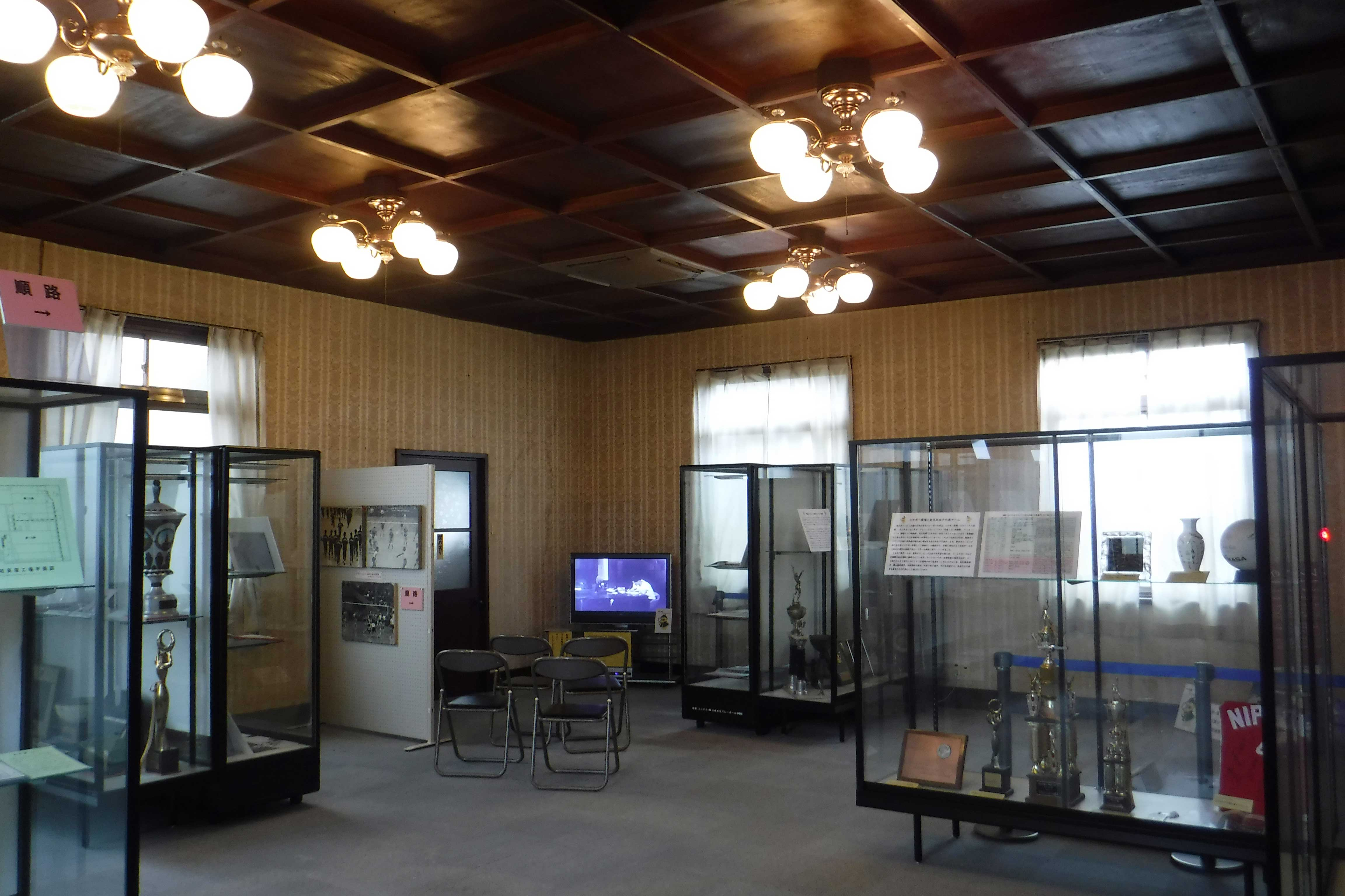 <p>展示室B</p>ニチボー貝塚女子バレーボールチーム(ニックネーム「東洋の魔女」)の歴史を展示
