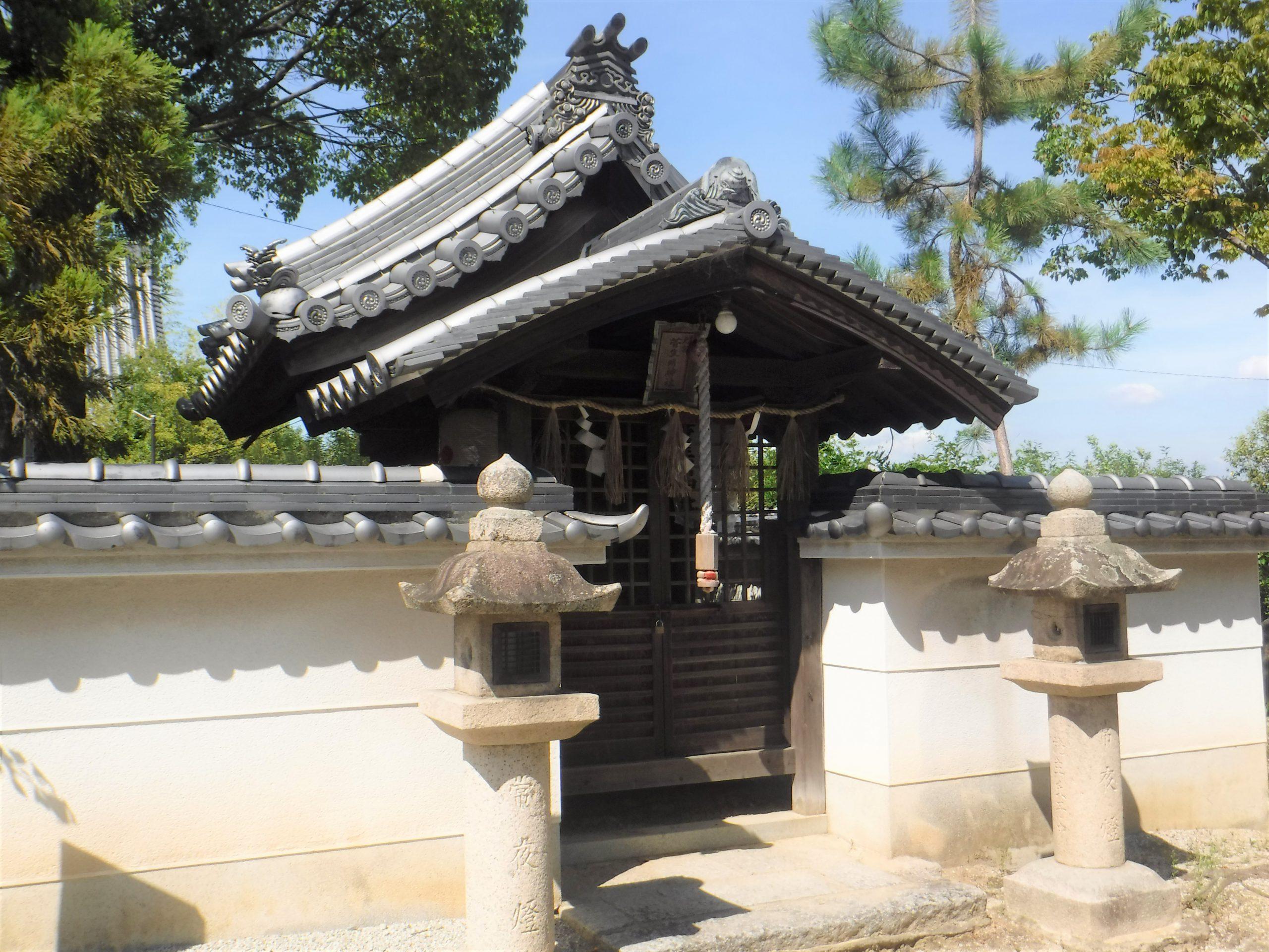 <p>末社明神社</p>
